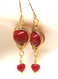 Red Marbled Herringbone Wrapped Gold Earrings with Red Heart Drop